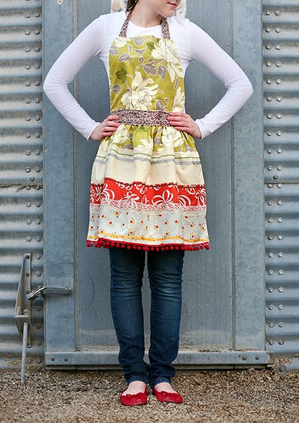 Penelope Apron by boltsandyardsfabric