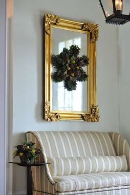 Here you will find vintage holiday decorating ideas. Classic designs with a hint of nostalgia.