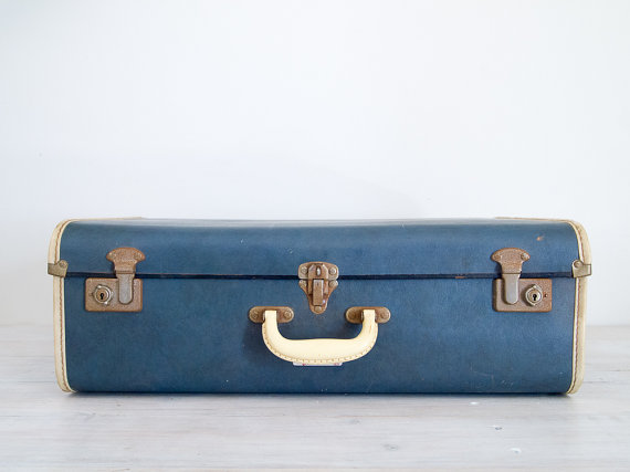 The art of spontaneous travel. Vintage suitcase from epochco.