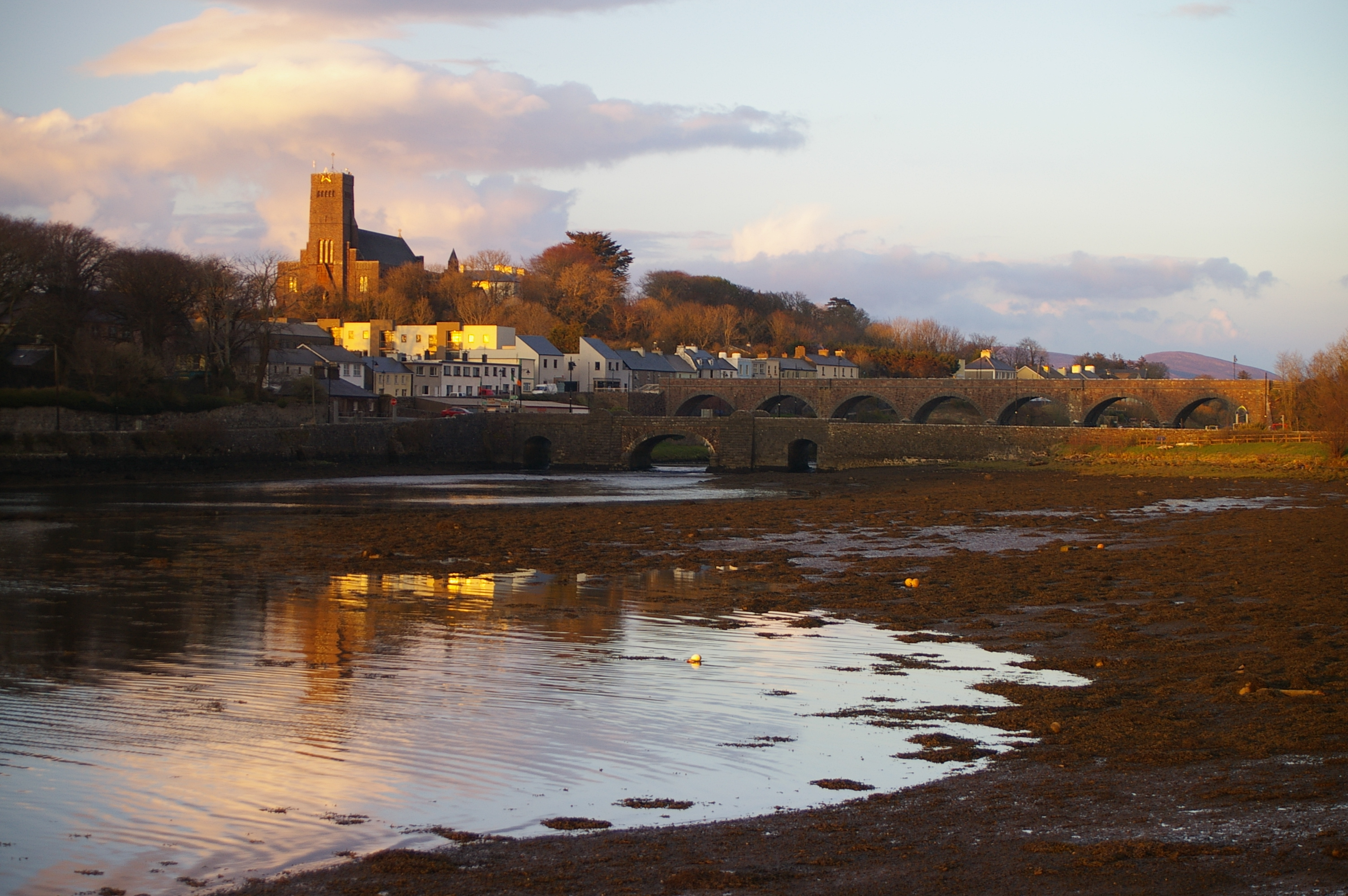 The waterways surrounding the town of Newport. Photo courtesy of australliantraveller.net