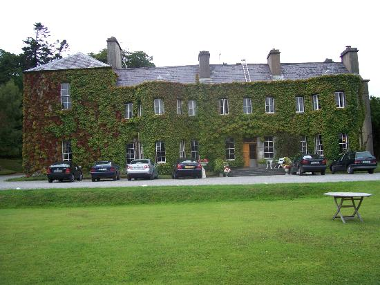 Newport House, County Mayo. Love all that ivy!