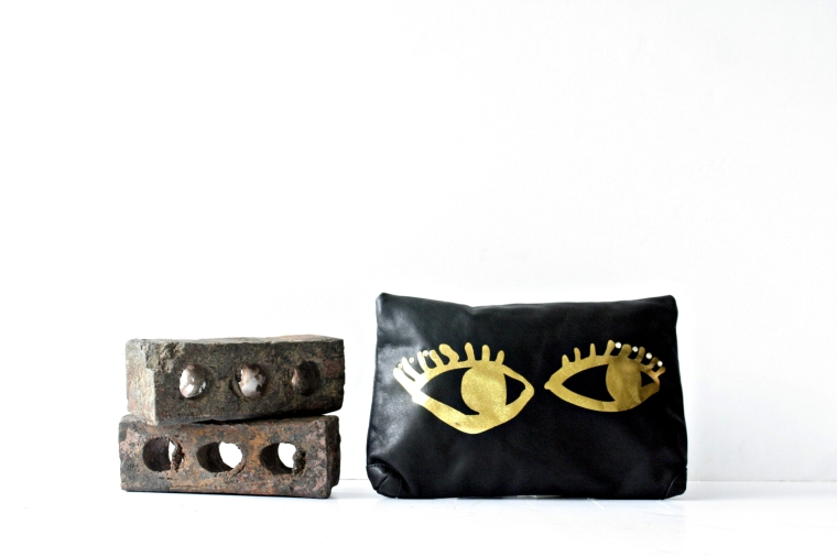 Envelope clutch. Click for more info.