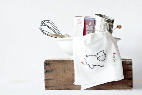 Vintage 1950's Embroidered Kitchen Towel