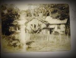schoolhouse_crop