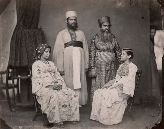 A Jewish family from Cochin , India circa 1880. Photo via pinterest.