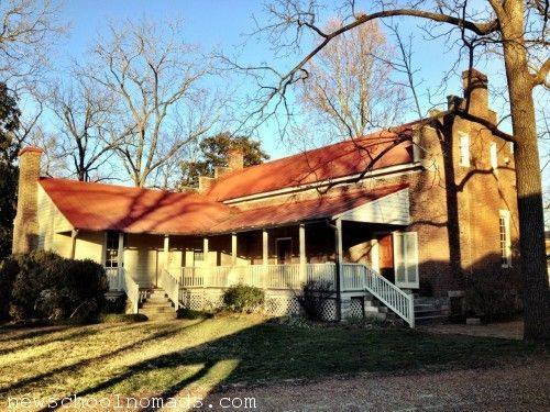 Backyard of the Carter House where most of the fighting took place. Photo via pinterest.